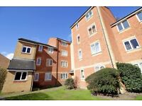 LARGE PURPOSE BUILT STUDIO IN NORWOOD GREEN - SEPARATE KITCHEN + FURNISHED + PARKING