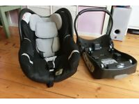 Baby car seat and its base - bébé confort brand