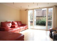 *SPACIOUS 4/5 BEDROOM SPLIT LEVEL FLAT WITH GARDEN IN ARCHWAY AVAILABLE NOW*
