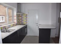 Fantastic 1 bedroom flat now available in Enfield (A10) **Only £1000.00**