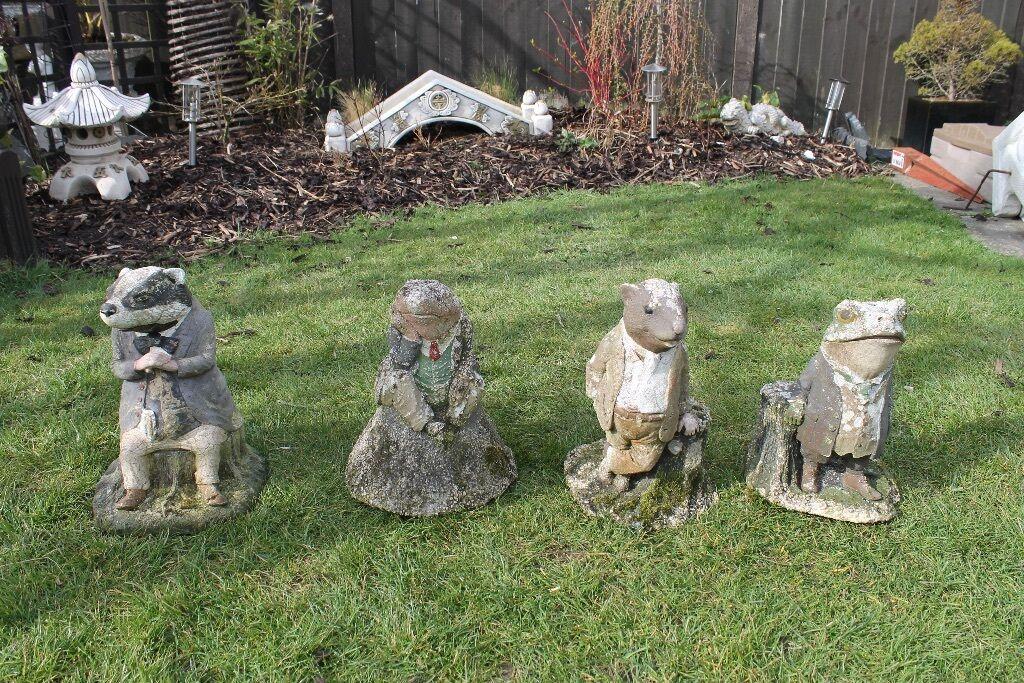 garden figures. 4 Very Old Wind In The Willows Garden Figures. Figures F