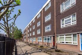Royal College Street, Camden NW1, 2 Bedrooms - £380 Per Week
