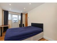 STUDIO APARTMENT ON GUNNERSBURY AVENUE WITH SEPARATE ENTRANCE £995 PCM