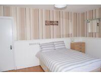 1 bedroom in Westrow Drive, Room 7, Barking, IG11
