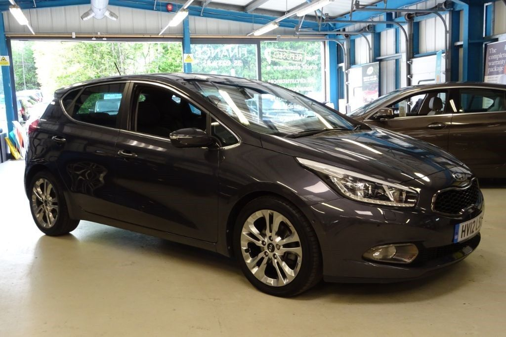kia ceed 4 tech 1 owner nav pano roof xenons storm. Black Bedroom Furniture Sets. Home Design Ideas