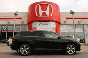 2014 Toyota Venza LOW KMS+ BLUETOOTH+ ALL WHEEL DRIVE!