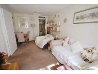 One Bedroom Property in Chiswick With Parking