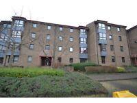 3 bedroom flat in Sienna Gardens, Sciennes, Edinburgh, EH9 1PQ