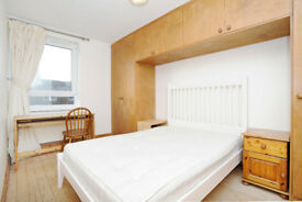 SUPER COSY and WELL KEPT 3 Double rooms in Victoria Park, Hackney - Furnished, NEW BATHROOM, wooden