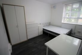 DOUBLE ROOM TO RENT - SINGLE USE ONLY - WHITECHAPEL - ZONE 2 - CALL ME NOW