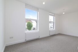 Moving Inn are proud to present this fantastic 3 bed flat located on Hopton Road in Streatham.