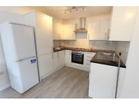 LARGER THAN AVERAGE. REFURBISHED. 2 DOUBLE BEDROOM FLAT. Available TODAY. Call now N12 Finchley