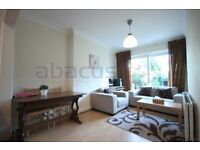 Lovely three bedroom garden flat for rent in North West London £475pw