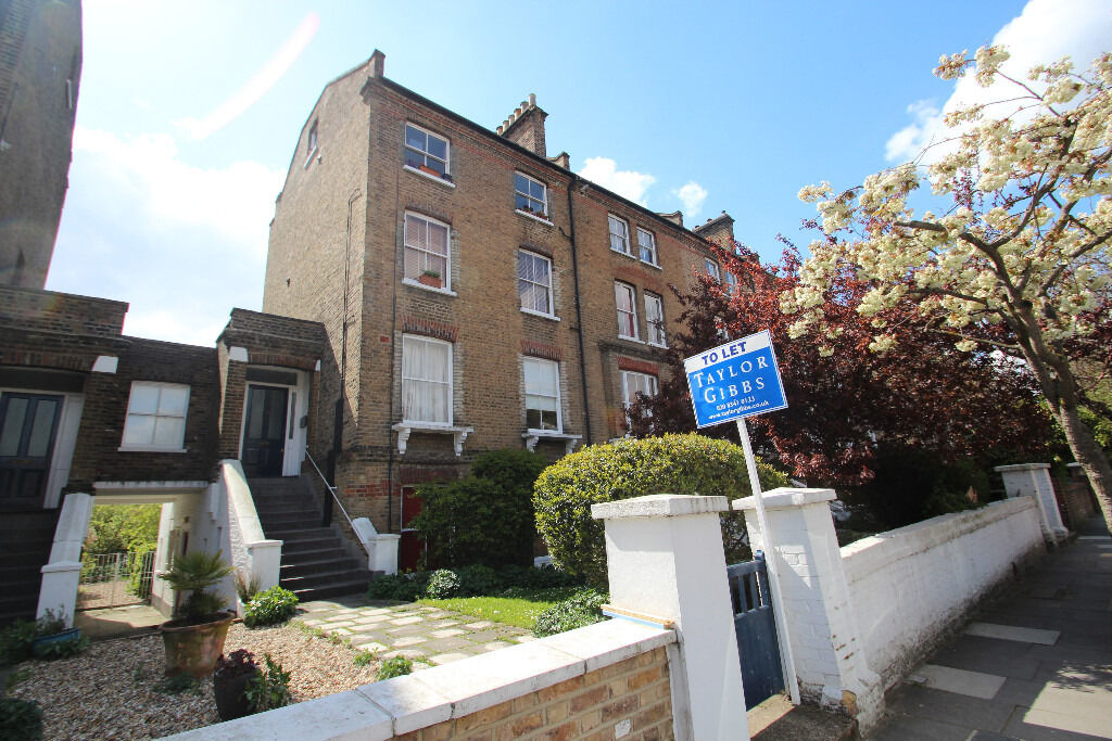 A Very Spacious Two Bedroom Period Conversion In The Hillmarton Conservation Area