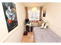 *SINGLE ROOM CLOSE TO BRICKLANER/ALDGATE WITH BILLS INCLUDED AND GARDEN!!!(75 MUSBURY)