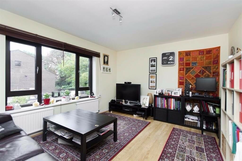 2 double bedroom flat to rent next to Brondesbury park station Available now
