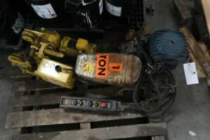 CHESTER 1 TON Electric Hoist Tractor
