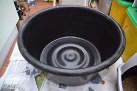Heavy duty large circular plastic reservoir for water feature