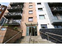2 bedroom flat in 8/2 59 Rose Street, Garnethill