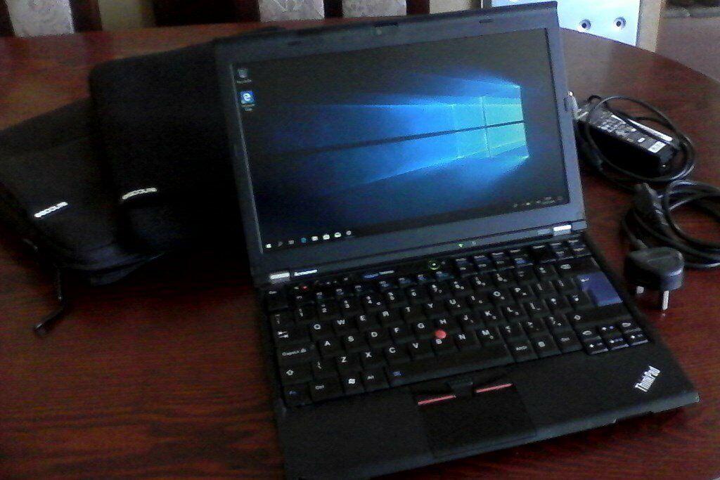 Lenovo x220 12