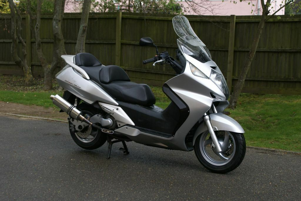honda fjs600 silverwing maxi scooter with 12 months mot. Black Bedroom Furniture Sets. Home Design Ideas