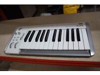 Korg K-25 Midi Controller Keyboard
