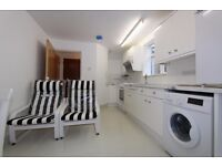 ***** STUNNING BRAND NEW 1 BED FLAT IN WOODGREEN N22 *****