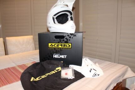 WHITE ACERBIS HELMET Windsor Downs Hawkesbury Area Preview