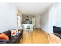 Well Presented 2 Bedroom Conversion Flat - Prime Location - Moments From Kew Village - TW9