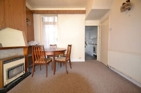 SPACIOUS 3 BED HOUSE CLOSE TO UPTON PARK STATION ONLY ***£1550*** Close to Beckton!