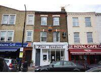 2 bedroom top floor apartment moments from Hampstead Heath