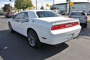 2012 Dodge Challenger R/T Low K's Sun Roof Heated Leather Seats  Windsor Region Ontario image 5