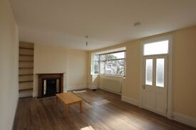 £335 PW. Spacious 2 bed 1st floor maisonette with garden in N10. Available 27 October / Unfurnished