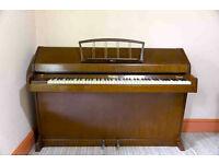 Eavestaff miniroyal piano