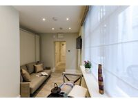 Gorgeous luxury apartment with private patio in Marylebone, all inclusive! Ref: HA36YSB2