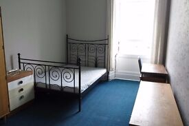 Bright Double Room in Shared Marchmont Flat Available