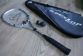 DUNLOP 'Lee Beachill' Signature SQUASH RACQUET, Good Condition, used. £18.00ono