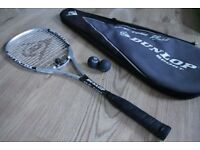 DUNLOP 'Lee Beachill' Signature SQUASH RACQUET, Good Condition, used. £20.00ono