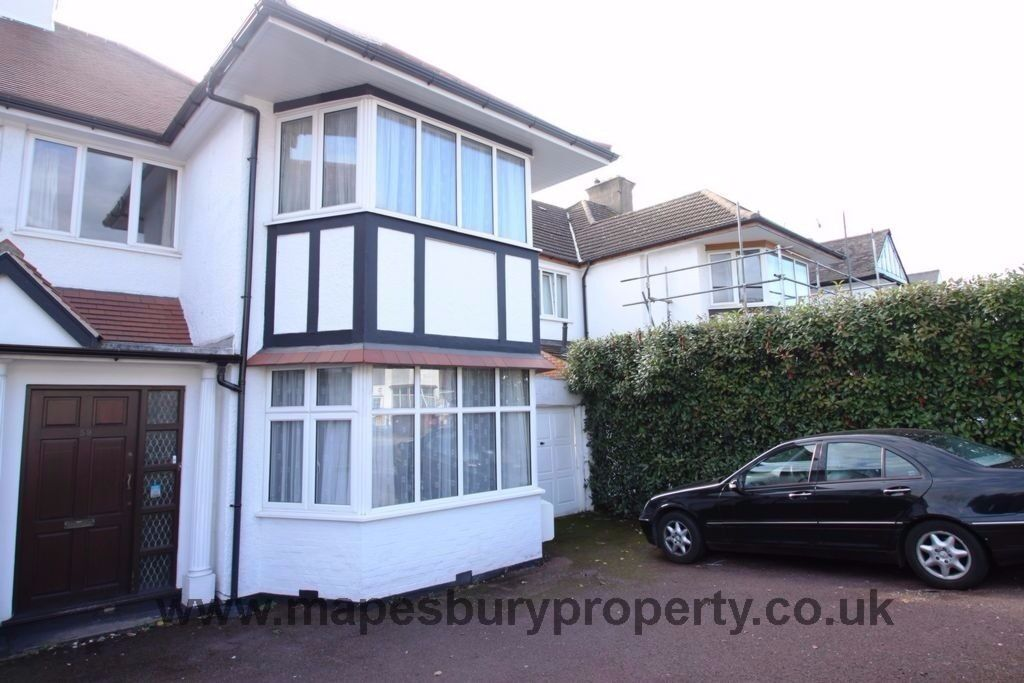 Amazing 5 bedroom house Ideal for professional sharer and student accommodation in London