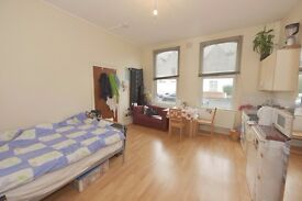 Well presented all bills inclusive furnished self contained bedsit.4 min from Train station