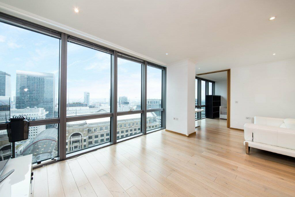 28 FLOOR VIEWS***MODERN 2 BED 2 BATH APARTMENT IN CANARY WHARF WEST INDIA QUAY DOCKLANDS POPLAR***