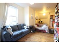 Bullingdon Road, Oxford   A Lovely 1 Bedroom Apartment Set Just Off Cowley Road   Ref 1182