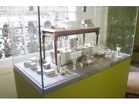 Glass fronted showcase. Perfect for exhibition/ display/ retail. Changeable base colour.