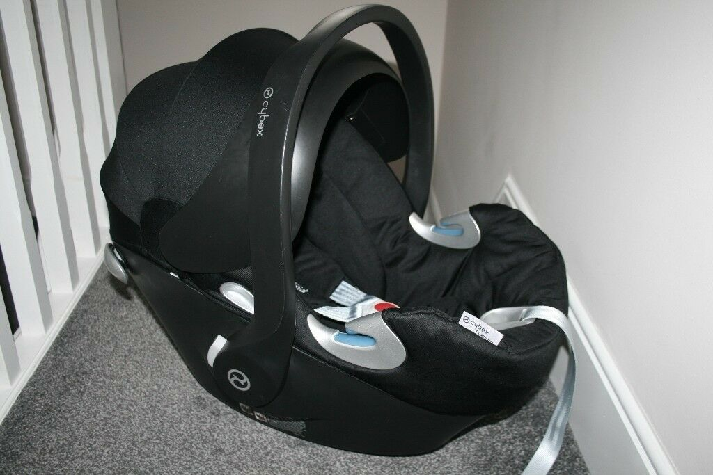 Mamas and Papas Cybex Aton Q Black baby car seat CAN POST | in Hull