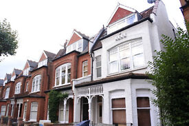 Beautiful large 3 double bedroom flat in Muswell Hill