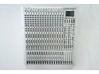 Behringer MX3242X Mixing Desk: 16-channel 4-Bus analogue mixer/console