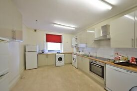 GORGEOUS 3 BED FLAT NEAR GLOUCESTER RD TUBE SW7