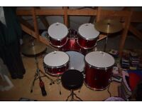 Gear4Music 5 piece Beginner Drum Kit + Extra cymbal