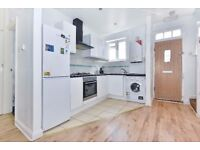 A three bedroom split level flat to rent in Kingston Vale. Vale Parade.