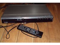 TOSHIBA HDD & DVD RECORDER RD-SX25 + SCART